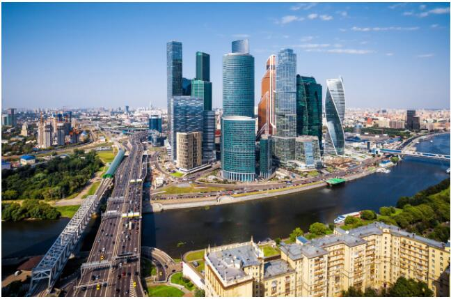 FLIGHTS, ACCOMMODATION AND MOVEMENT IN MOSCOW